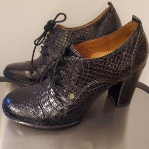 Frye Adrienne Oxford Heels